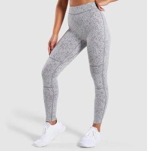NWT 🌟 Gymshark Fleur Leggings Medium - Gray